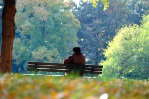 Nach einer aktuellen Studie möchten die Menschen in Ruhe das Alter genießen. Foto:epd