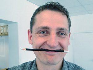 Hilft nicht immer, aber manchmal: der Bleistift-Trick. Foto: Andrea Külkens | Blattwerkstatt